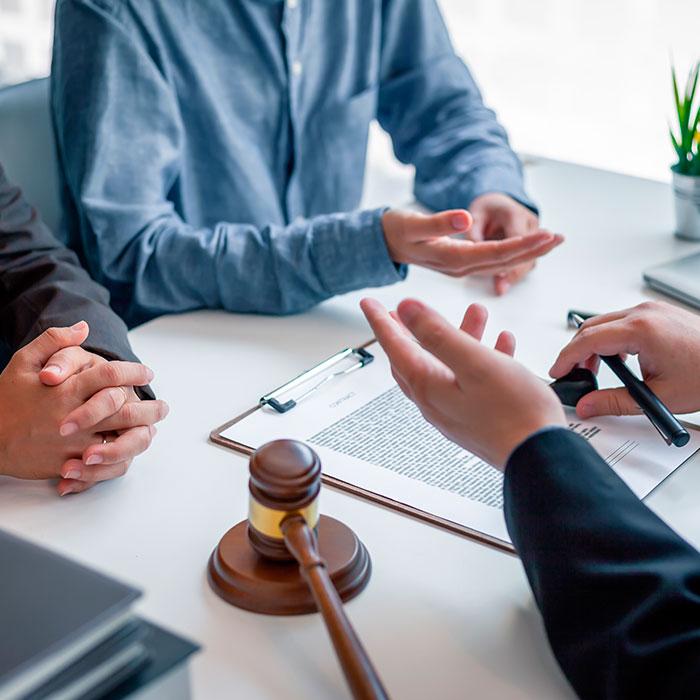Abogados-ayudan-comerciante-afectado-Covid- NBN-Juridico
